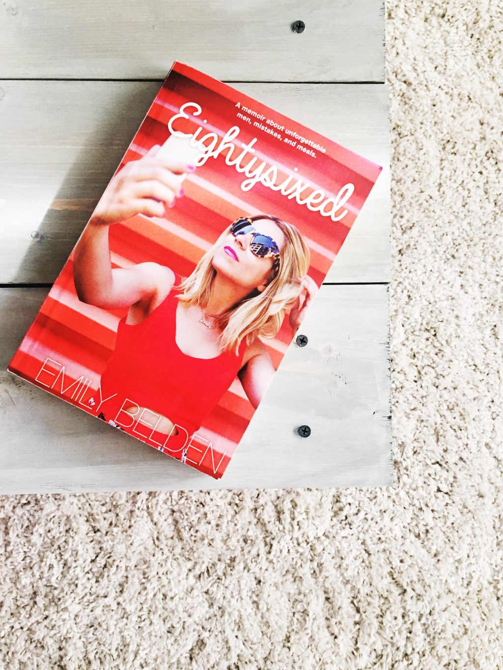 Book Club: Eighty-sixed || Town Lifestyle + Design || Check out my book review on Emily Belden's memoir about unforgettable men, mistakes, and meals - the perfect girls night read